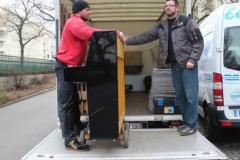 klavier verladen auf transporter